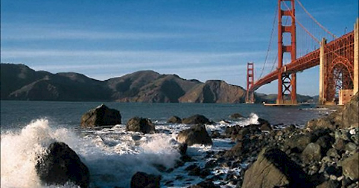 Golden gate bridge hiking walking tours marin county for Bay area vacation ideas